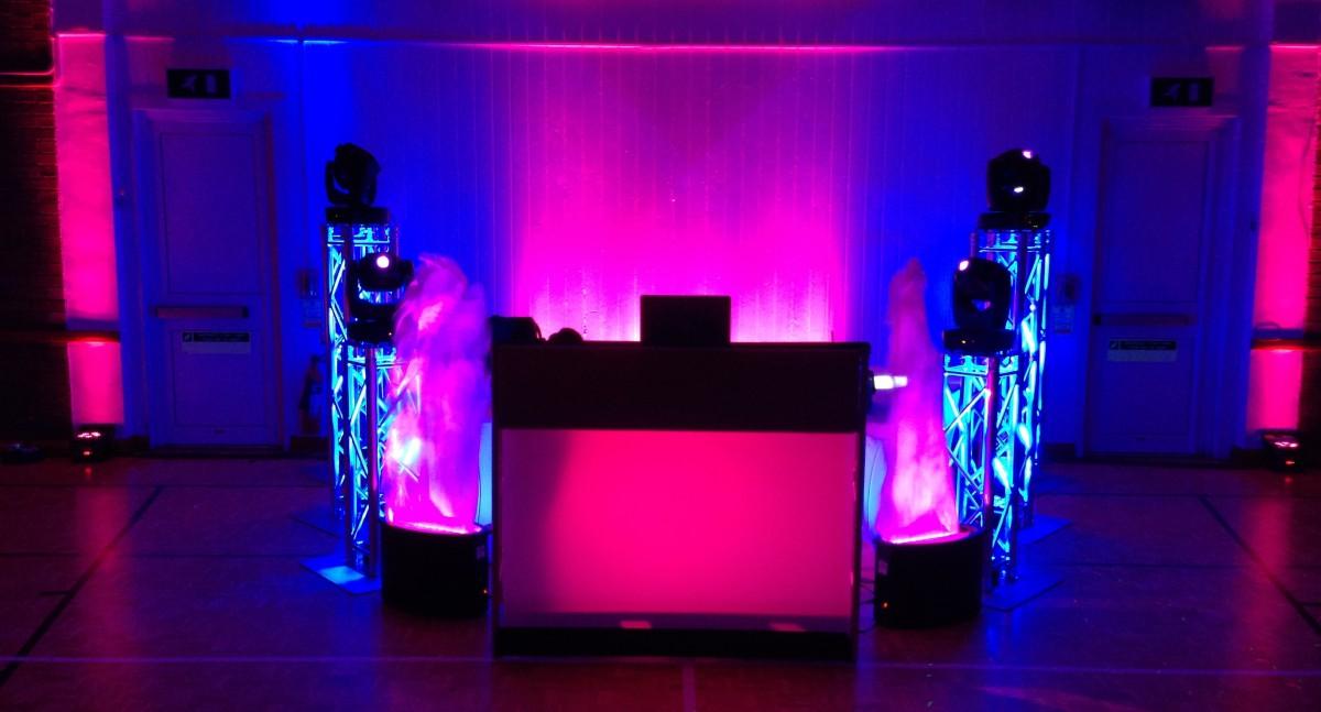 DJ Desk Set up
